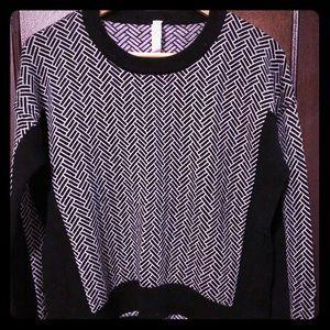 Lululemon cropped herringbone sweater